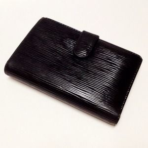 Authentic Louis Vuitton BLK Epi French Wallet