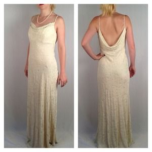 Carmen Marc Valvo Winter White Velvet Evening Gown