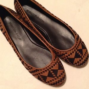 HOST PICK 3X NWT Rebecca Minkoff Tribal Flats