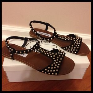 Steve Madden Shoes - $30 TODAY Steve Madden Nickiee Spiked Stud Sandals
