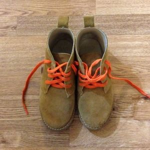 SOLD Kids Gap boots!