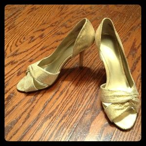 Nine West Shoes - Gold d'orsay pumps