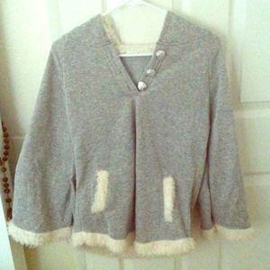 Grey poncho w/ a hood 