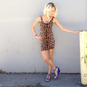 Dresses & Skirts - leopard bandage dress MEOW