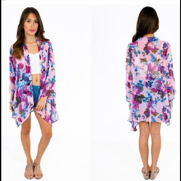 Tobi - Floral Kimono Cardigan from Teresa's closet on Poshmark