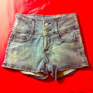 Denim - High waist acid washed shorts