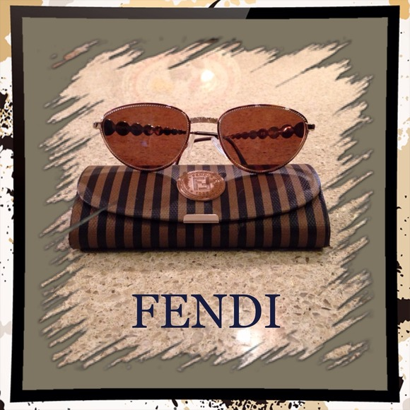 31b0690e14945 FENDI Accessories - Zodiac Fendi Sunglasses