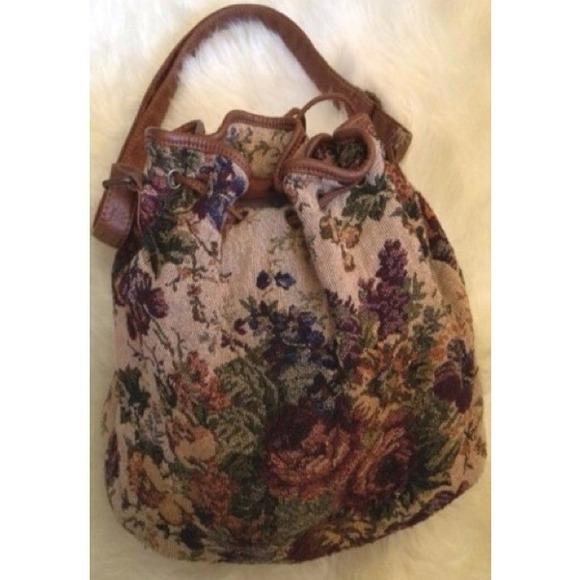 Floral Bucket Bag Floral Bucket Bag Forever 21
