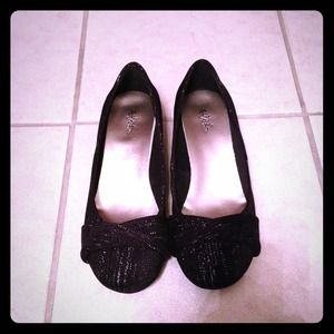 Shoes - Reserved for @marshey  Brand new black shoes 8w