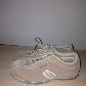 Sketchers Shoes - Sketchers shoes - gently used!