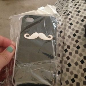 Two iPhone 4/4s mustache cases