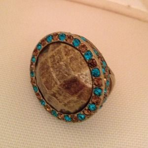 Antique gold tone ring