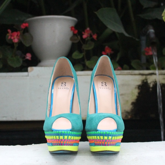 Shoe Dazzle Shoes - Multicolor Platform Pumps