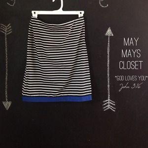 Host Pick 2x NWT Anne Klein Skirt Striped Size 6