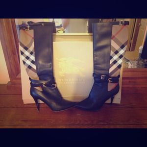 Reduced! Authentic Knee high Burberry boots