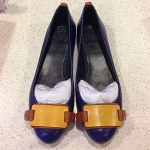Tory Burch Shoes - ⚡FINAL SALE⚡️HOST PICK Tory Burch tri tone flat