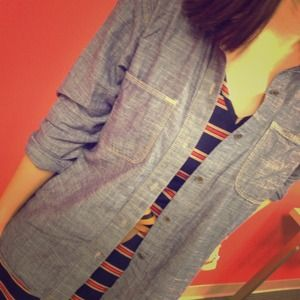 Madewell Tops - ⬇Madewell chambray shirt