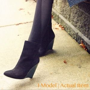 vero cucio Boots - Green wedge ankle bootie