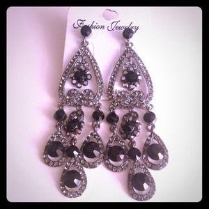 Beautiful chandelier cocktail earrings.