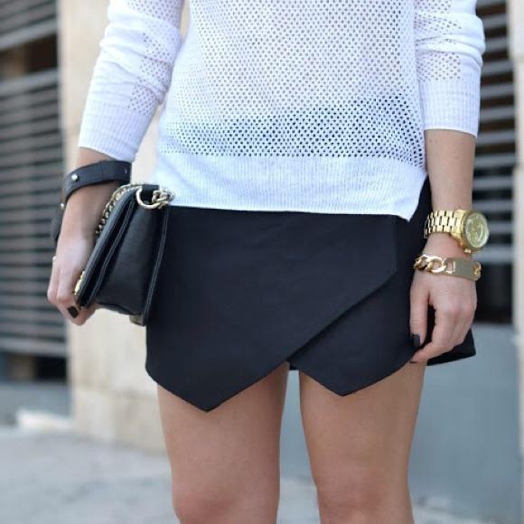 Authentic Zara Black Skort