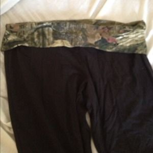 Mossy oak yoga pants