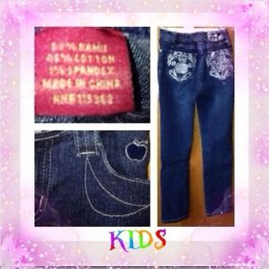 apple bottom jeans on Poshmark