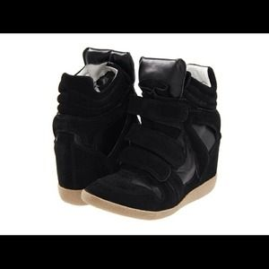 Shoes - Steven madden sneakers -retailing online for $99.