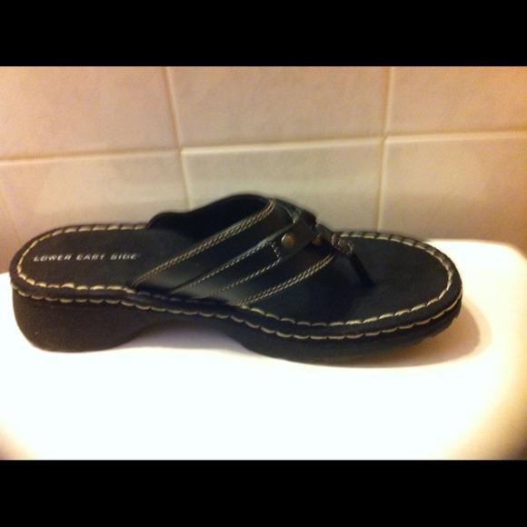 7c5b90a480fea Lower Eastside Thong sandal