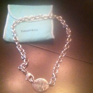 Tiffany & Co Tag Necklace authentic!!