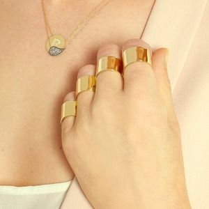 Set of 4 - adjustable gold knuckle rings