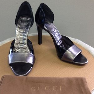 GUCCI Metallic & Black Patent Leather Heels