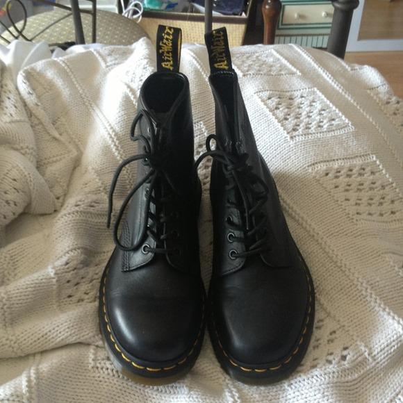 Dr. Martens Shoes   Black Matte Doc