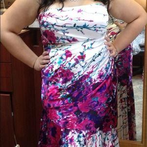 Dresses - Floral Evening dress