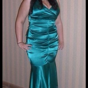 Green prom evening dress