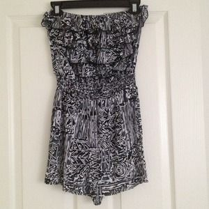 Other - Tribal print romper