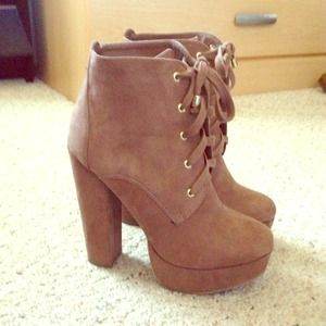 Boots - brown suede boots