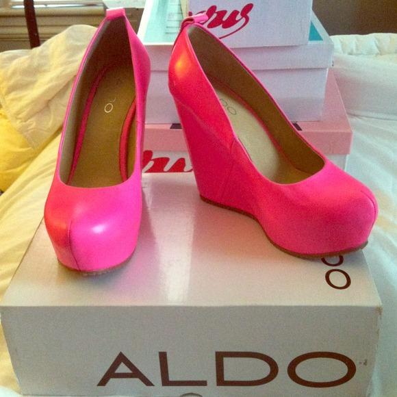 aldo shoes pink wedges