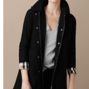 Burberry Single Breasted Hooded Raincoat