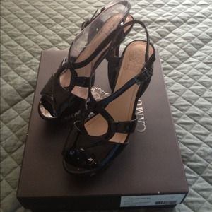 Vince Camuto High heels❤