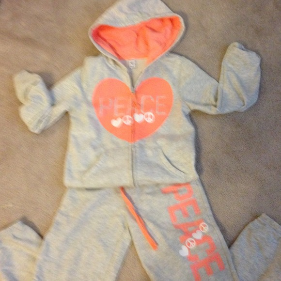 Girls old navy size 8 sweat suit