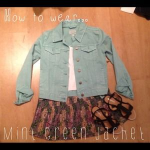 ✩Forever 21 mint green jacket✩