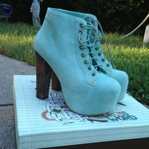 BNIB Jeffrey Campbell mint suede lita booties 7