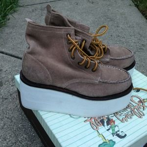 BNIB Jeffrey Campbell Work IT Taupe suede boots 7
