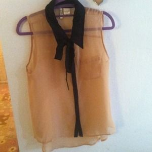 Sleeveless Collared Button up Shirt