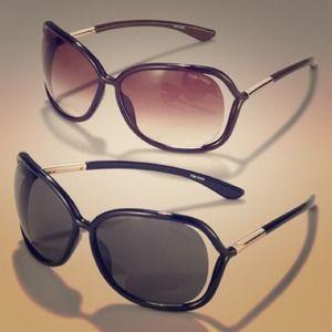 🎉HOST PICK! AUTHENTIC Tom Ford Raquel Sunglasses!