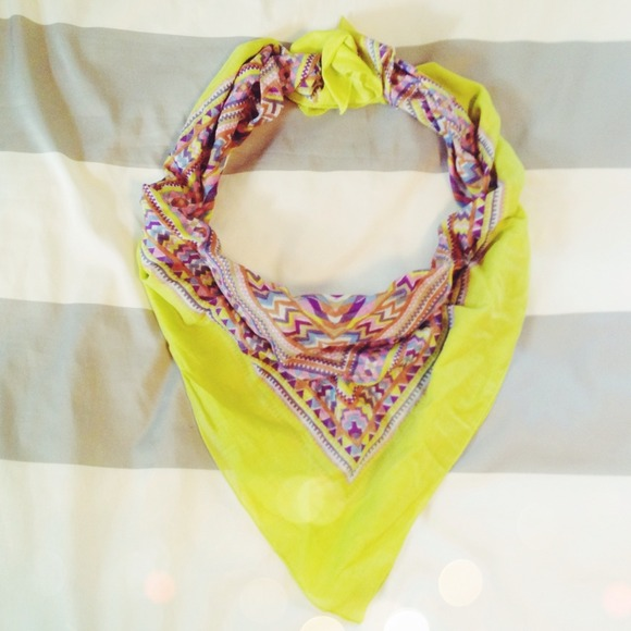 🚫SOLD🚫 Neon + Aztec Triangle Scarf