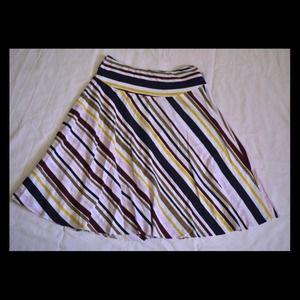 ✂️2 DAY SALE✂️Beautiful Striped Skirt