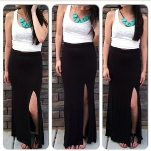 Long black skirts with slits – Modern skirts blog for you