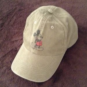 Unisex Mickey Mouse Hat NWOT