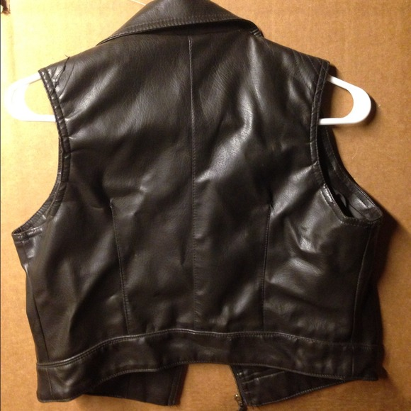 Jackets & Coats - Leather vest